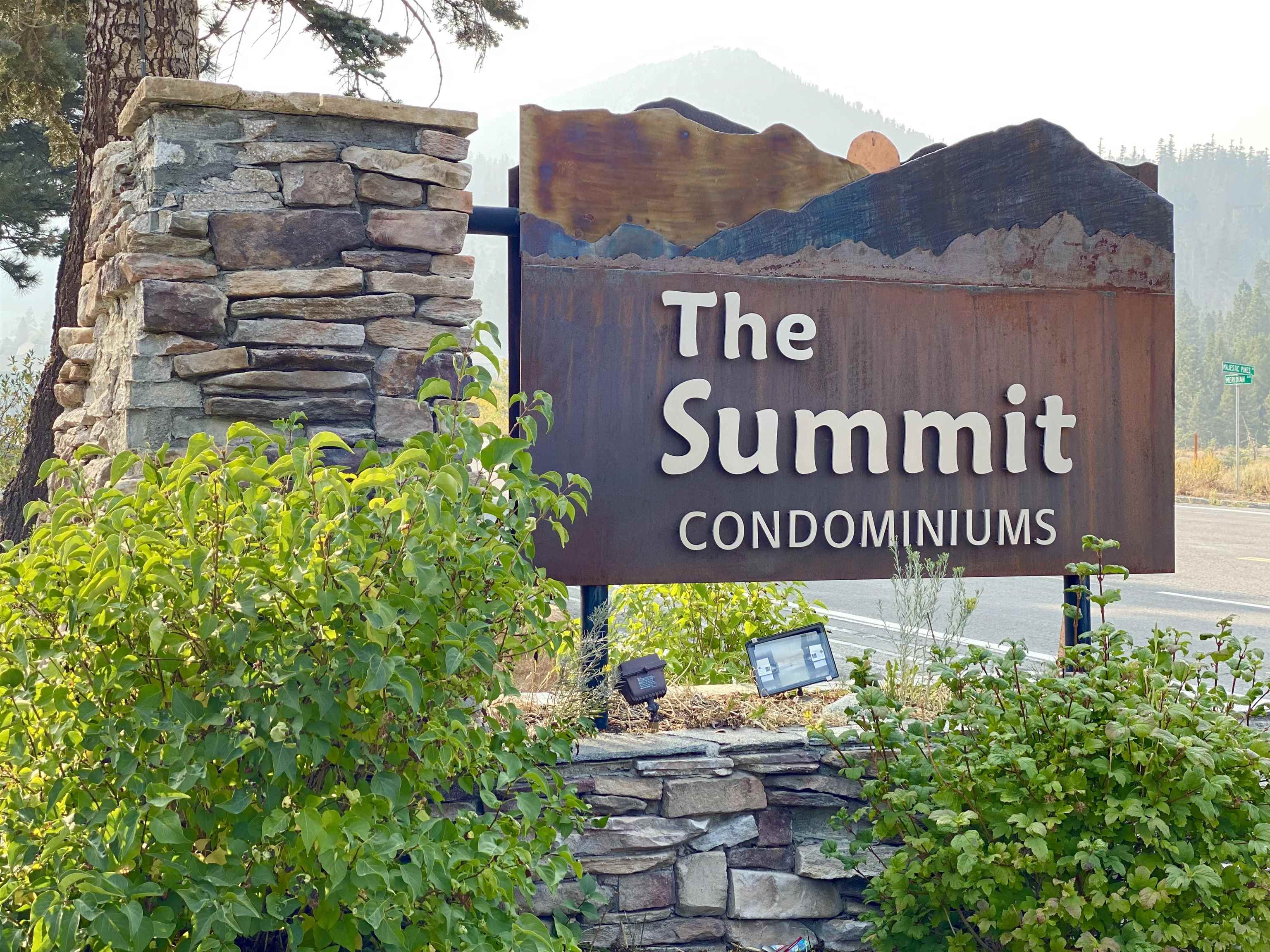 """Summit-Grand #60 is set to impress with views and perfectly situated within steps to the Little Eagle Lodge, ski lifts and bike path. Enjoy the convenience of your underground parking with designated space. The Grand building is the most desirable at Summit with its location to the slopes and views.  A luxury two level 3 Bedroom, 2.75 bathroom with vaulted ceilings on both levels and at the landing of the 2nd level you will find a bonus """"reading"""" area designed for you to relax at your Mountain getaway.  Numerous walk-in closets offering an abundance of storage for your recreational toys. Your family and friends can appreciate the immense living room with a dramatic ledger rock hearth and wood burning fireplace with a custom wood carved mantel. Watch the weather and seasons change from the large windows and open deck offering you the Eastern Sierra view from all angles. A open kitchen floor plan with granite counters, glass tile backsplash, cherry wood cabinets and tile plank flooring. On the main level you will find the large en-suite primary bedroom with built in custom closets, travertine walk-in shower, double sink and granite counters.  On level 2 you will find 2 oversized bedrooms with a Jack and Jill bathroom offering a shower/tub enclosure between two sinks. The grand staircase has custom iron balusters simulating aspen trees. The washer and dryer are included and located on the Main level. Summit Association has multiple tennis courts, pools, spas, saunas, bike racks and is beautifully landscaped. The Association recently remodeled with new exterior hardy shiplap siding, dual pane windows, roof and custom ledger rock work. Low monthly HOA dues which include cable/internet. Close to Starwood golf course, restaurants and shopping.  This property will be sold partially furnished and is a must see!"""