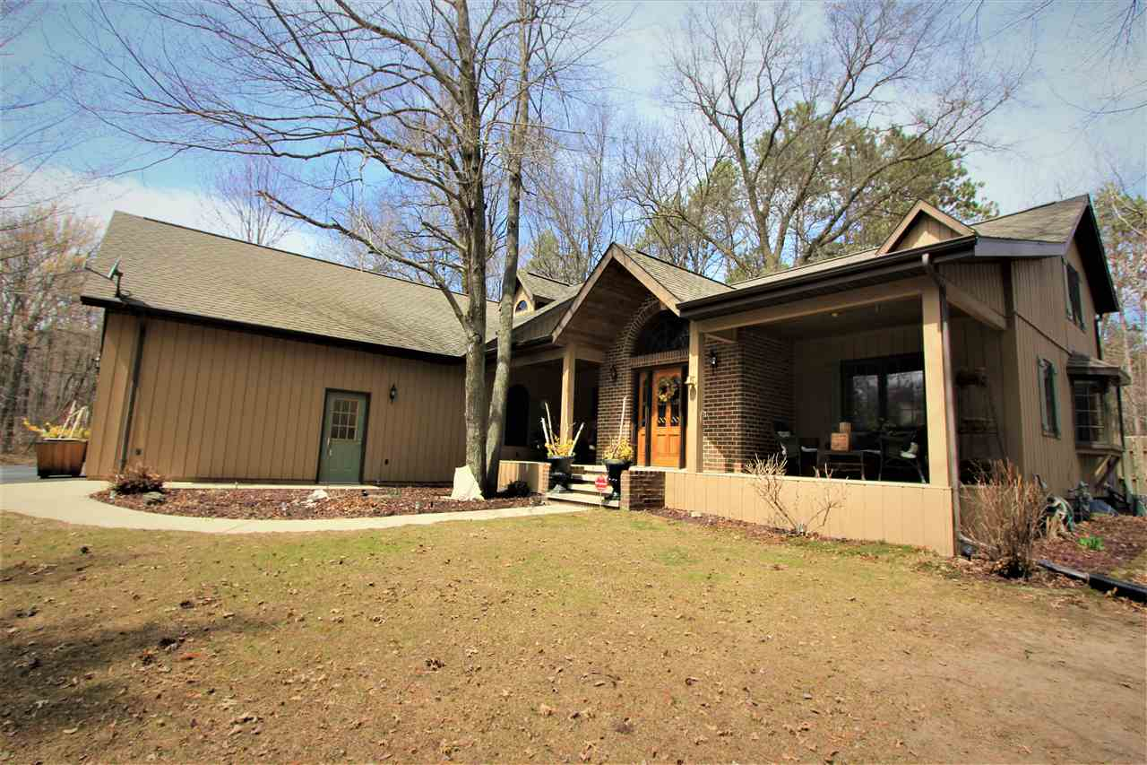 Beautifully updated and remodeled cape cod w/ a lg addition located on the ideal wooded 1.33 acre lot abutting the Reforestation Camp skiing and biking trails! Features 4 bdrms, 3.5 baths, 2 gas log and a wood burning fireplace, lg Master Suite w/ balcony overlooking pond, fam room w/ wet bar, partially finished basement, gorgeous 3-season room, front porch for entertaining on those nice relaxing evenings, fenced back yard, deck off the 3-season rm...the list goes on! Off garage is an office and stairs to a future bonus rm above garage. Plus addt'l 29'x36' detached garage! MUST SEE!!