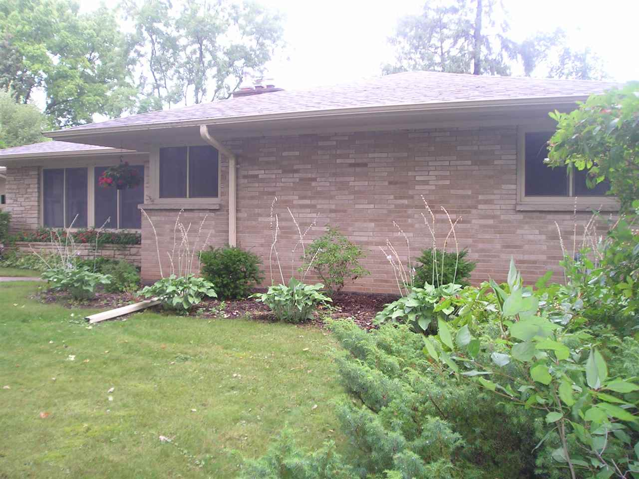 132 25TH Avenue,OSHKOSH,Wisconsin 54902-7214,3 Bedrooms Bedrooms,1.1 BathroomsBathrooms,Residential,25TH,50190646