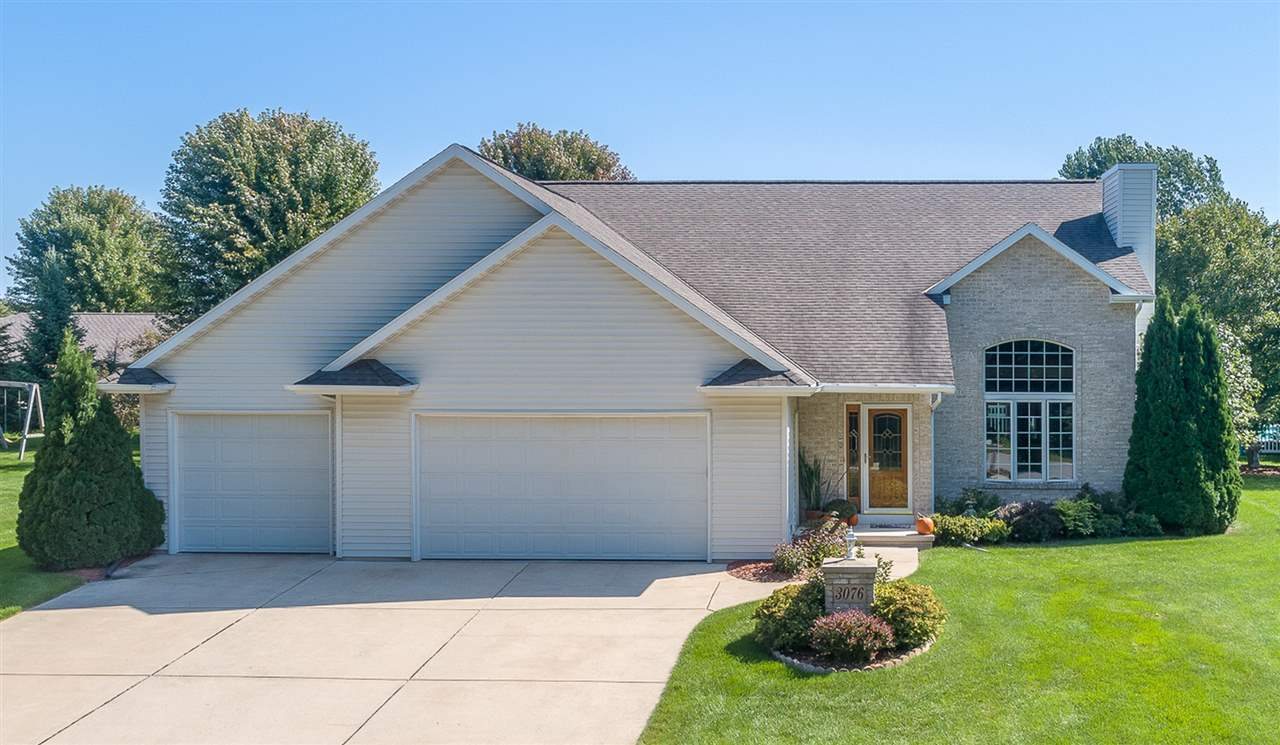 3076 Longview Lane Suamico Wi 54173 Sold Homes And
