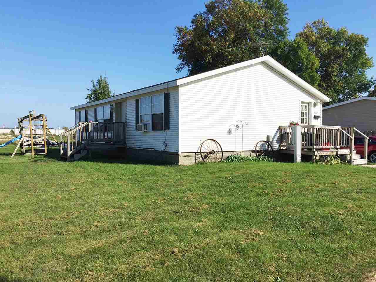 1301 31ST Street,MANITOWOC,Wisconsin 54220,3 Bedrooms Bedrooms,2 BathroomsBathrooms,Residential,31ST,50192251