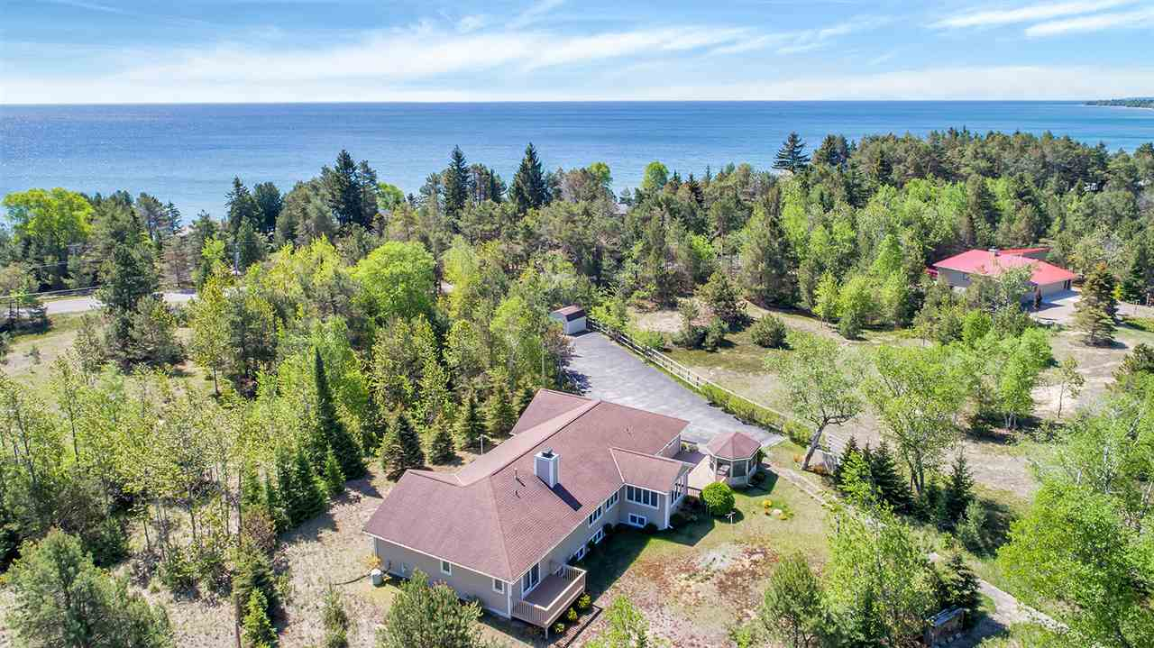 3727 GLIDDEN Drive,STURGEON BAY,Wisconsin 54235,5 Bedrooms Bedrooms,3.1 BathroomsBathrooms,Residential,GLIDDEN,50195769