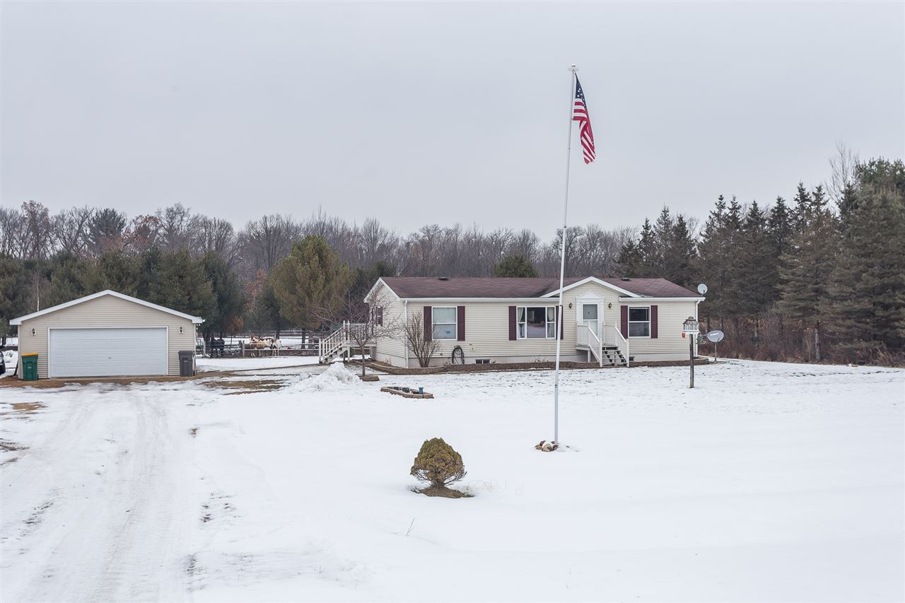 N8626 HWY 49 IOLA,Wisconsin 54945,3 Bedrooms Bedrooms,2 BathroomsBathrooms,Residential,HWY 49,50195925