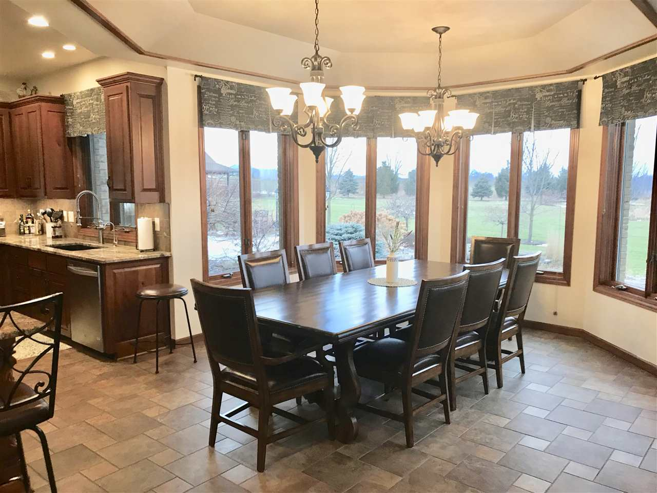 W3586 EQUESTRIAN Trail, APPLETON, Wisconsin 54913-9109, 5 Bedrooms Bedrooms, ,5 BathroomsBathrooms,Residential,EQUESTRIAN,50195935