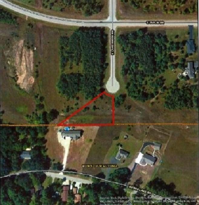 N Lake Ridge Road, Wautoma, WI 54982