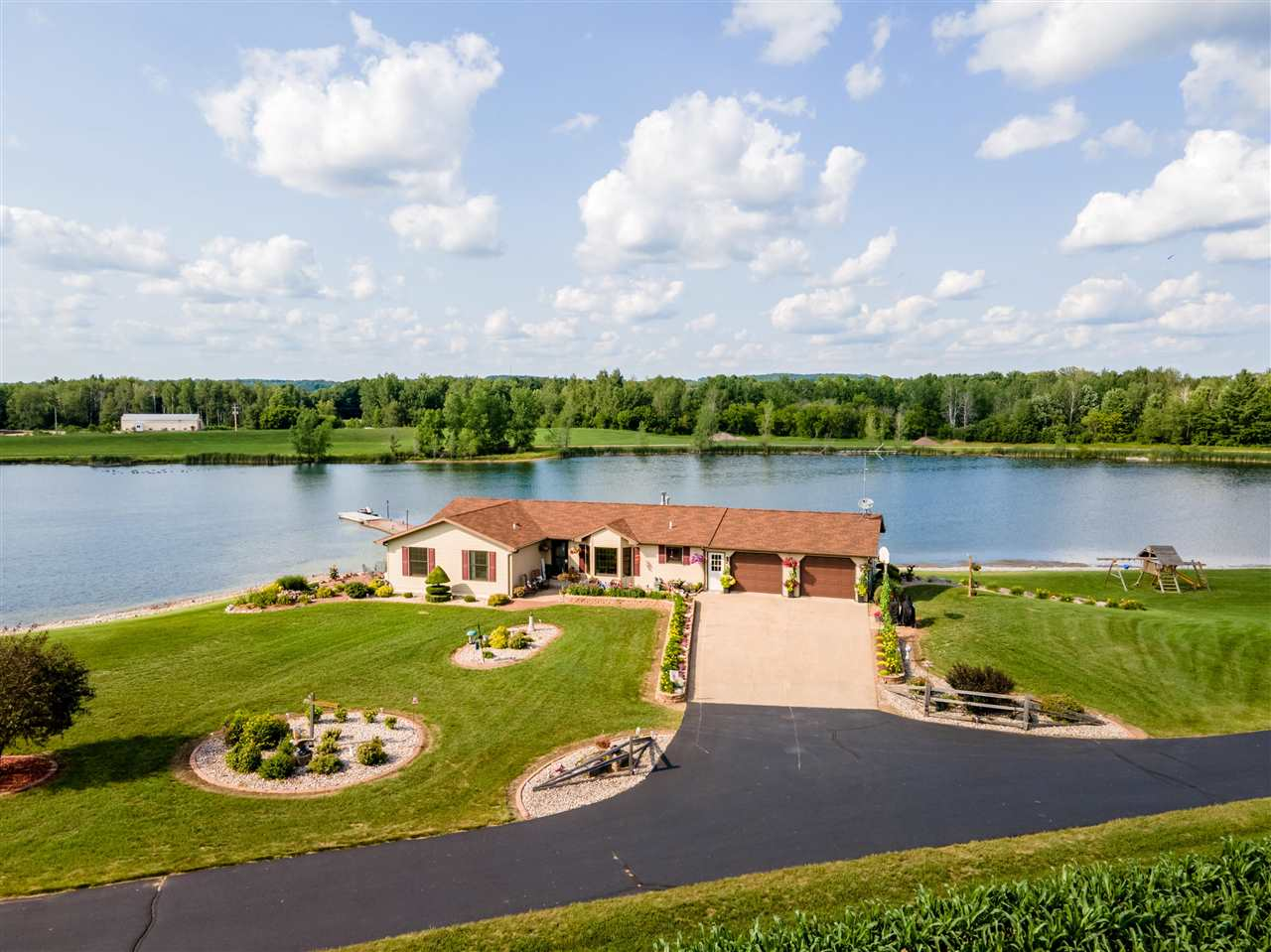 150 Bowers Road, Marion, WI 54950