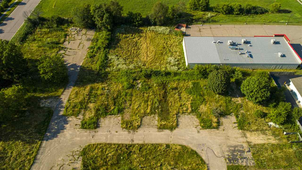 Commercial For Sale In Baraboo Wisconsin 1828868