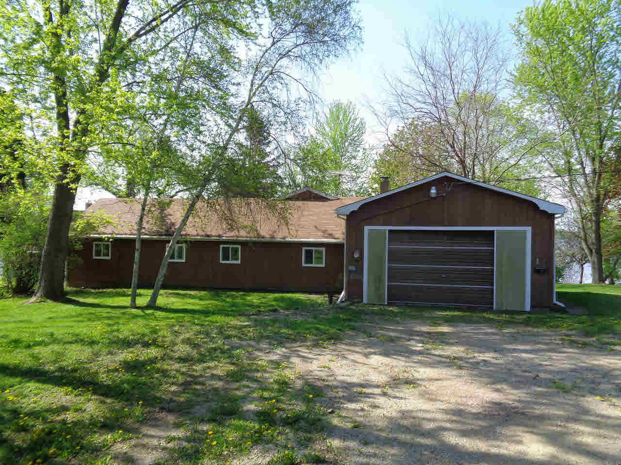 W11363 COUNTY ROAD AW, FOX LAKE, WI 53956