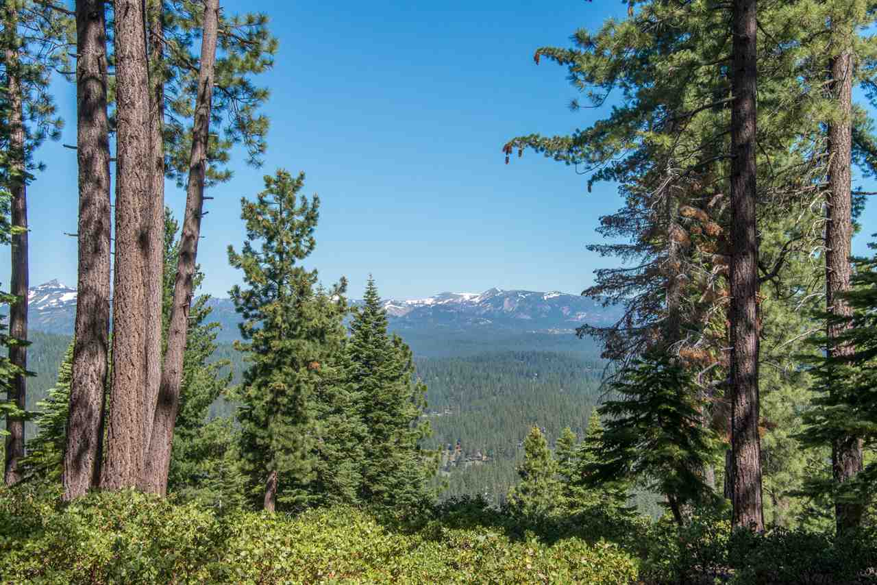 Land for Active at 1942 Gray Wolf Truckee, California 96161 United States