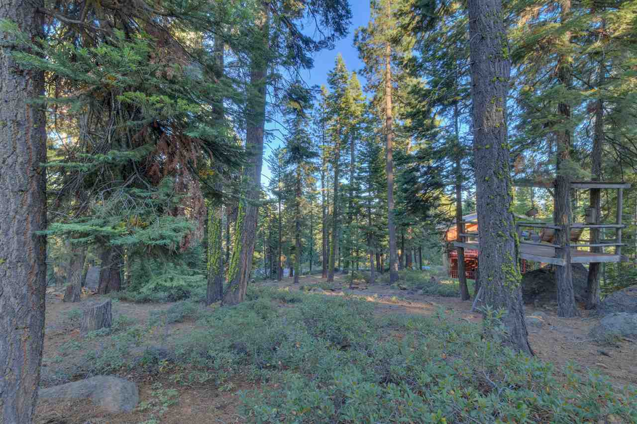 Additional photo for property listing at 855 Beverly Drive 855 Beverly Drive Carnelian Bay, California 96140 United States
