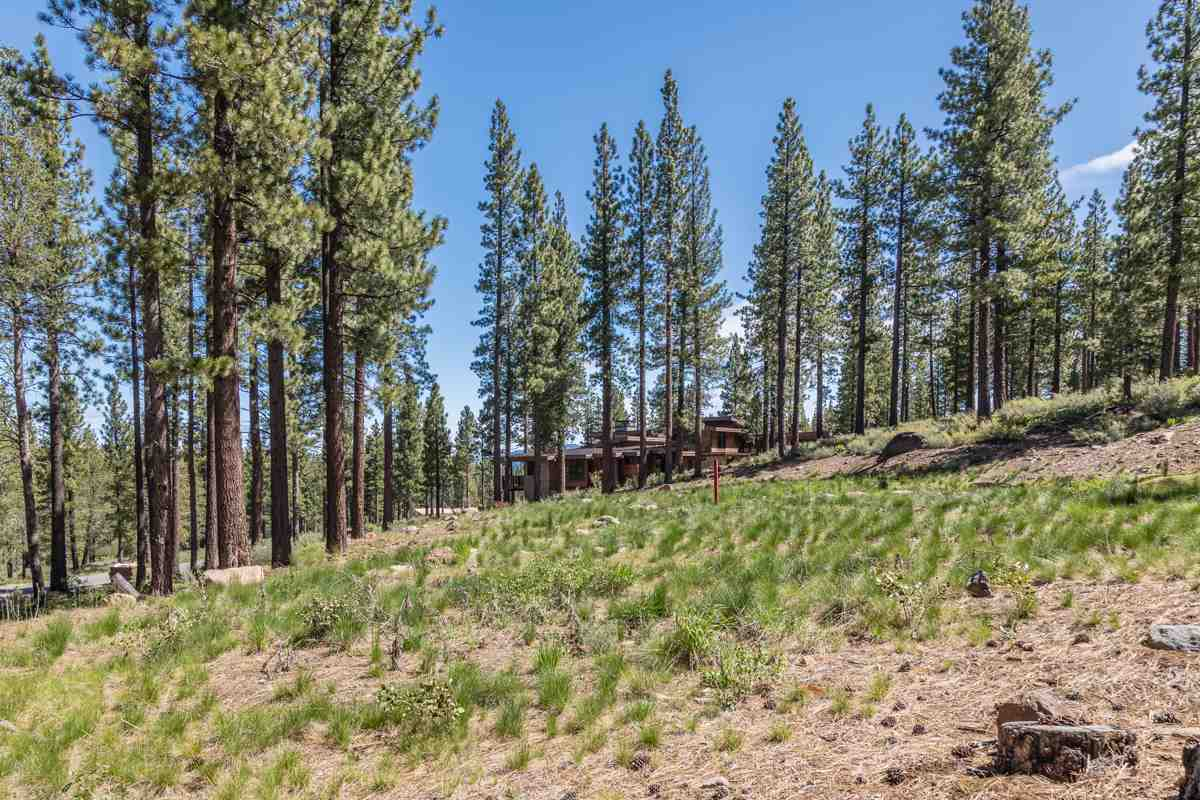 Additional photo for property listing at 8112 Villandry Drive 8112 Villandry Drive Truckee, California 96161 United States