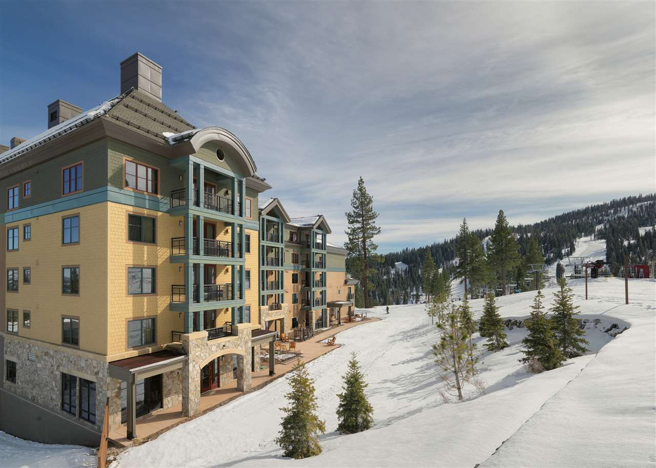 Additional photo for property listing at 13051 Ritz Carlton Highlands Court 13051 Ritz Carlton Highlands Court Truckee, California 96161 United States