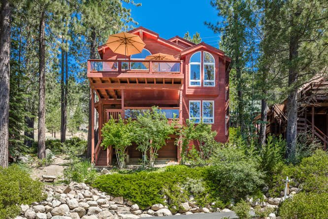 Single Family Home for Active at 15104 Donner Pass Road 15104 Donner Pass Road Truckee, California 96161 United States