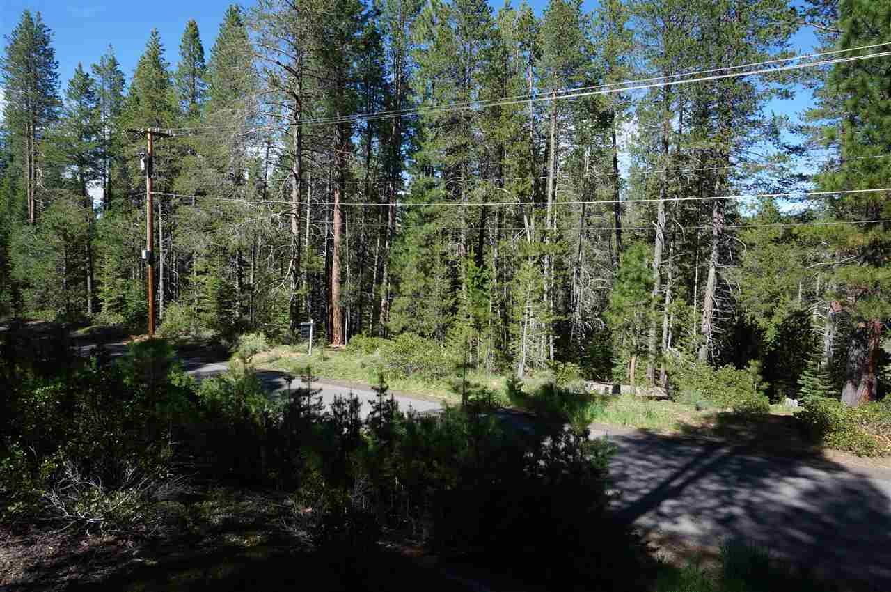 Land for Active at 11294 E Alder Creek Road Truckee, California 96161 United States