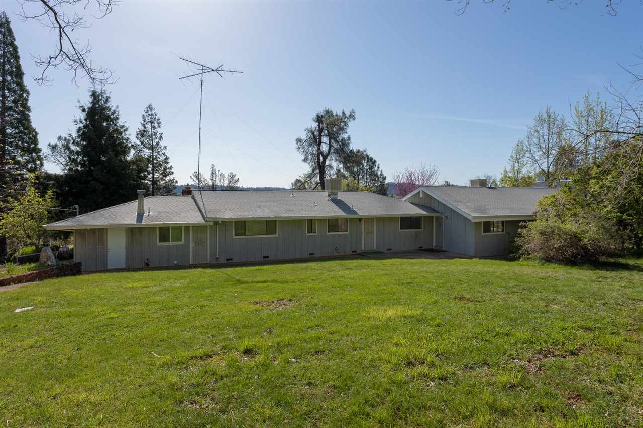 Casa Unifamiliar por un Venta en 19418 Mountain Lion Road 19418 Mountain Lion Road Grass Valley, California 95945 Estados Unidos
