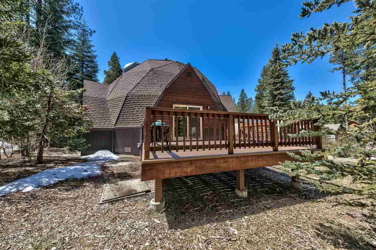 Additional photo for property listing at 10368 Jeffrey Way 10368 Jeffrey Way Truckee, California 96161 United States