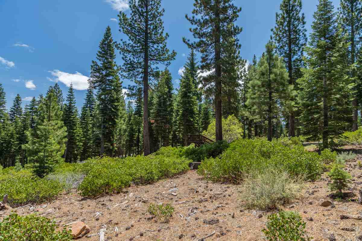 Land for Active at 10930 Olana Drive Truckee, California 96161 United States