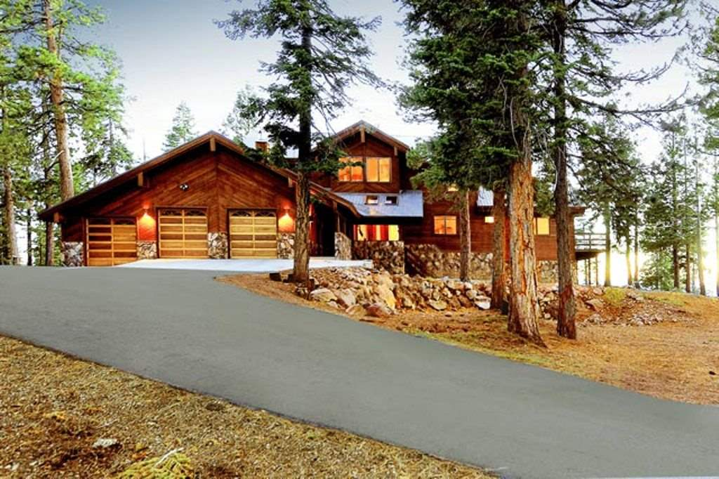 Additional photo for property listing at 11824 Fox Court 11824 Fox Court Truckee, California 96161 United States