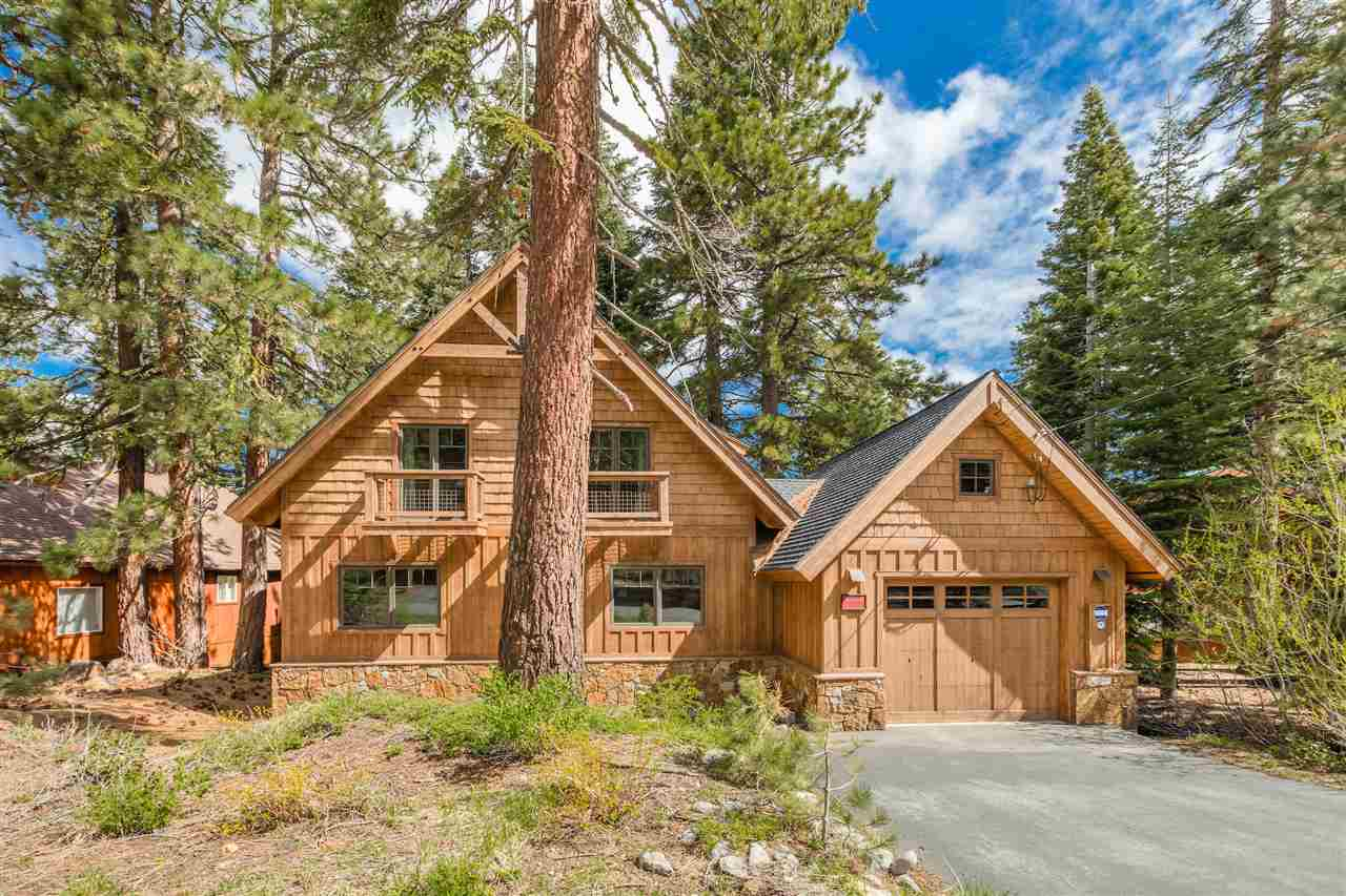 Single Family Home for Active at 14138 Herringbone Way 14138 Herringbone Way Truckee, California 96161 United States