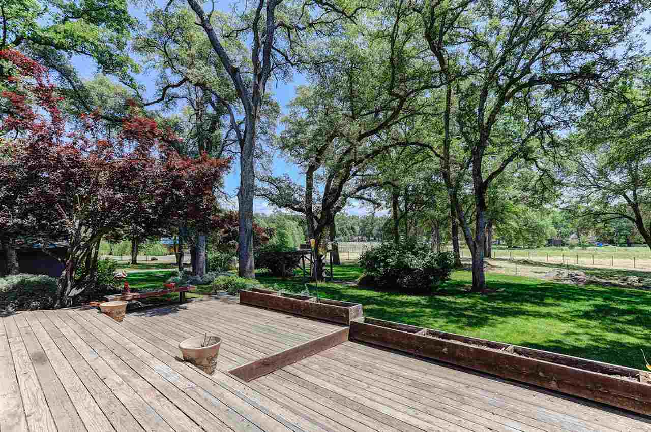 Additional photo for property listing at 18420 Gray Oak Drive 18420 Gray Oak Drive Rough And Ready, California 95975 United States