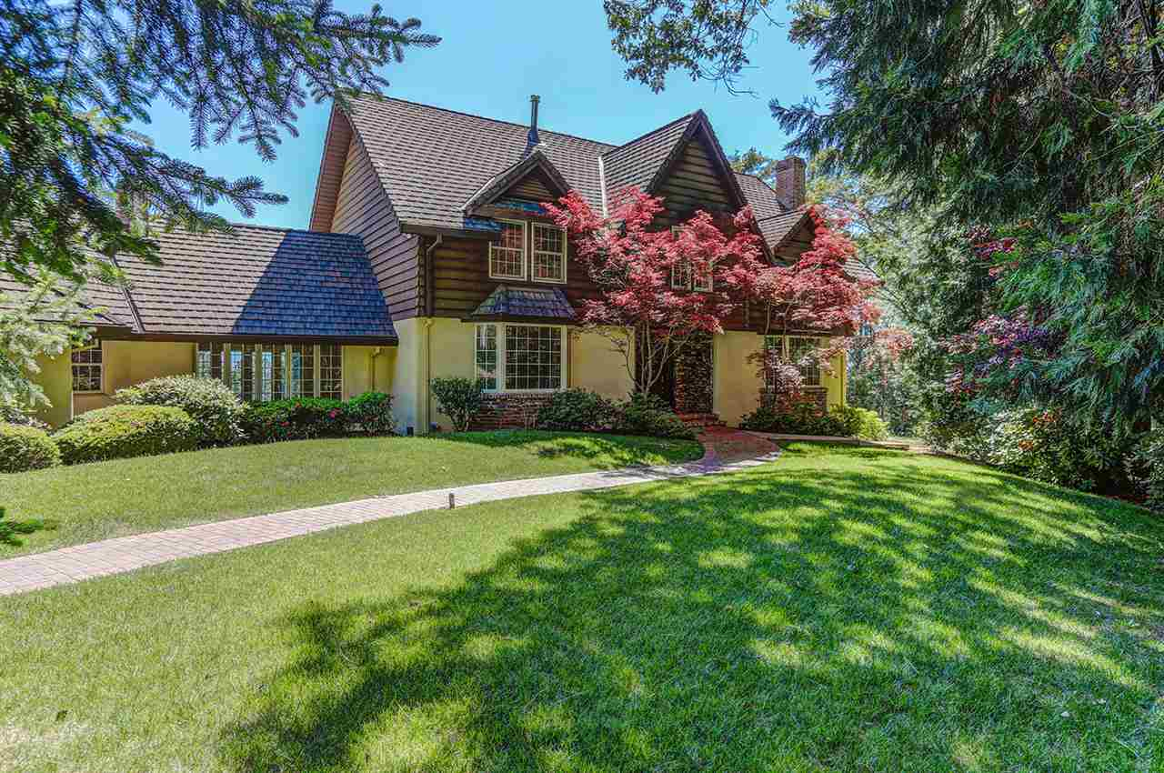 Single Family Home for Active at 10966 Cement Hill Road 10966 Cement Hill Road Nevada City, California 95959 United States