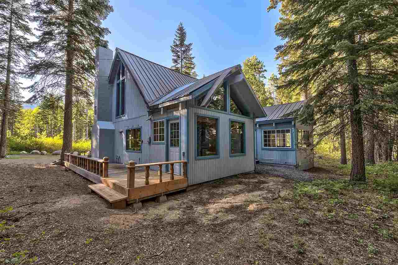 Additional photo for property listing at 4075 Madrone Avenue South Lake Tahoe, California 96141 United States