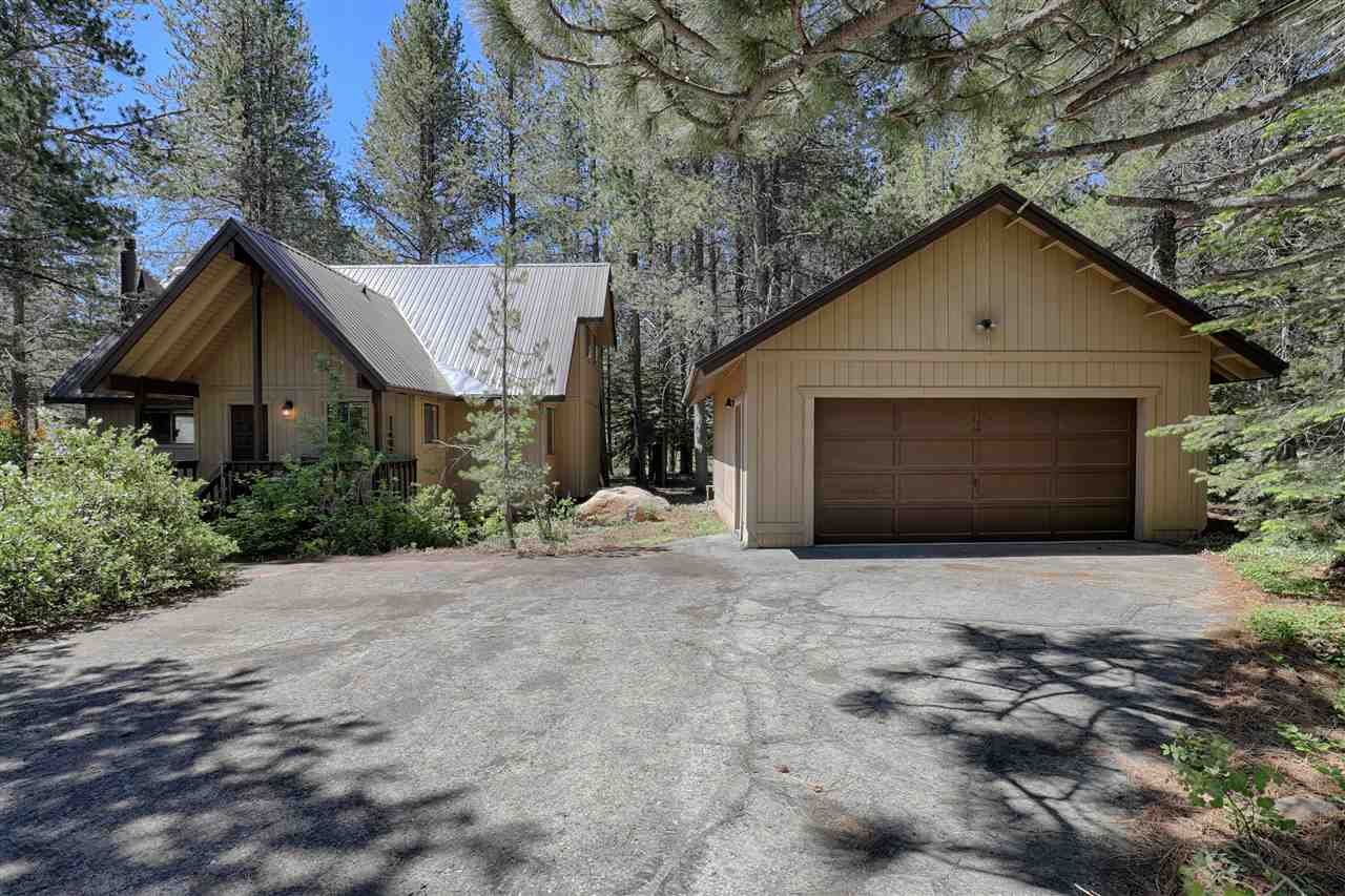 Additional photo for property listing at 11458 Baden Road 11458 Baden Road Truckee, California 96161 United States