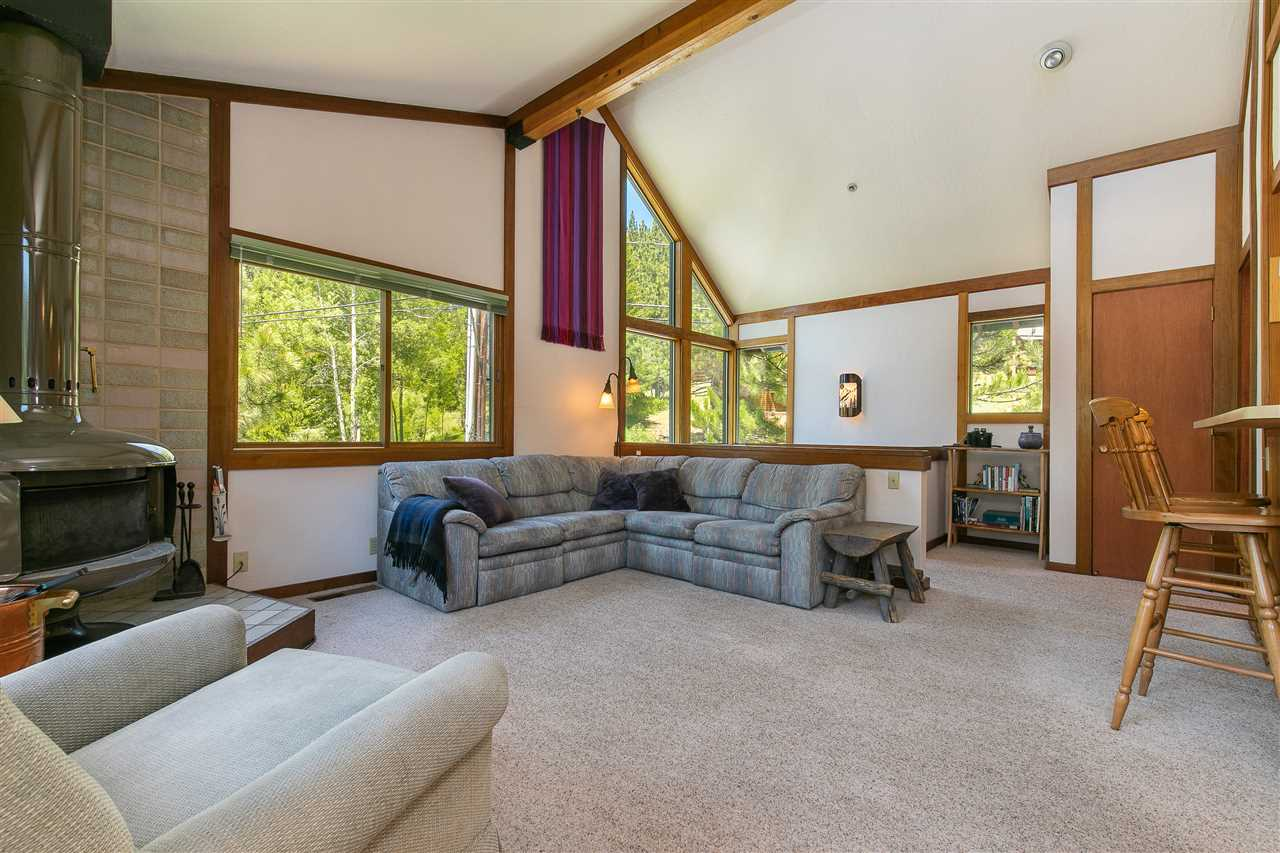 Additional photo for property listing at 1560 Squaw Valley Road 1560 Squaw Valley Road Olympic Valley, California 96146 United States
