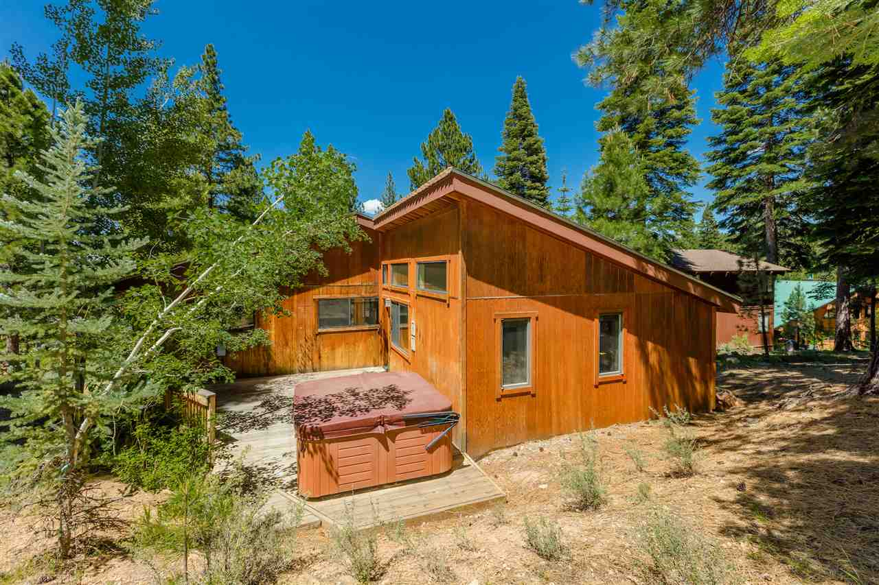 Additional photo for property listing at 705 Conifer 705 Conifer Truckee, California 96161 United States