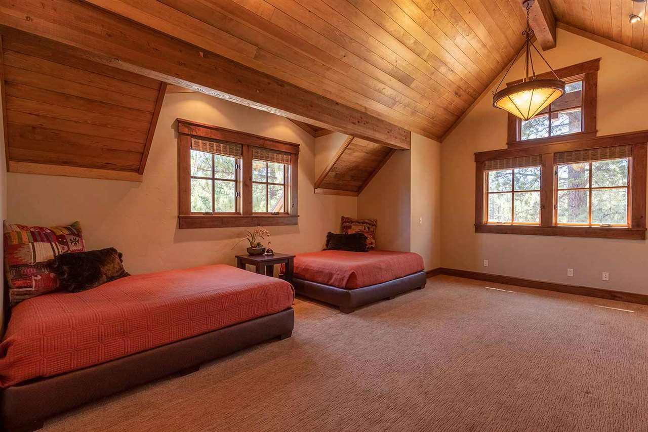 Additional photo for property listing at 13123 Snowshoe Thompson 13123 Snowshoe Thompson Truckee, California 96161 Estados Unidos