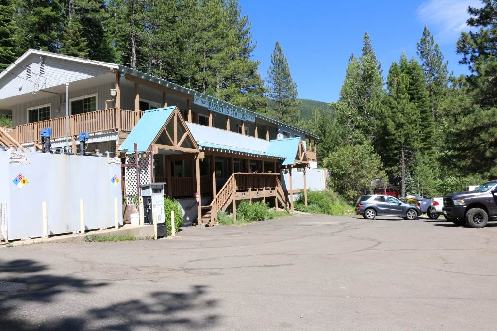 Single Family Home for Active at 100 Gold Lake Road 100 Gold Lake Road Sierra City, California 96125 United States