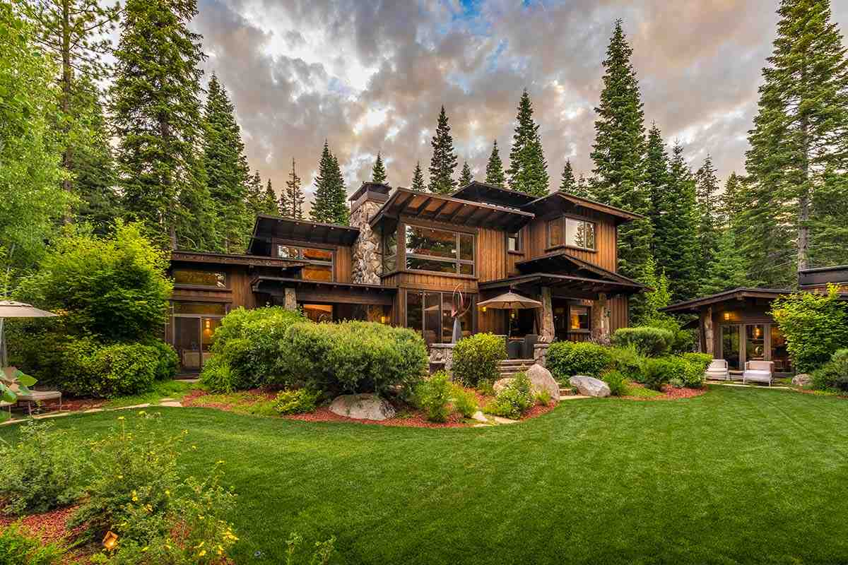 Single Family Homes por un Venta en 10915 Camp Muir Court Truckee, California 96161 Estados Unidos