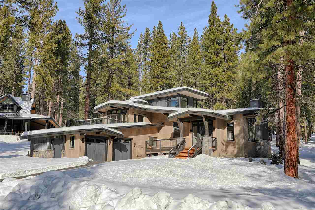 Single Family Home for Active at 11744 Kelley Drive 11744 Kelley Drive Truckee, California 96161 United States