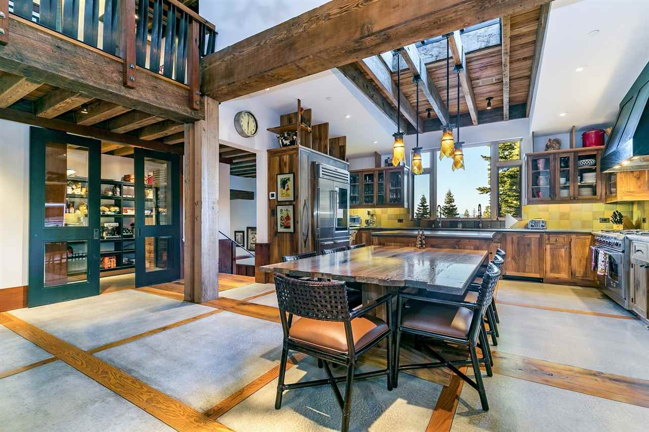 Additional photo for property listing at 2515 N Summit Place Truckee, California 96161 United States