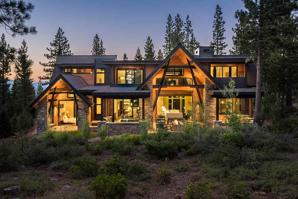 Single Family Home for Active at 9501 Wawona Court 9501 Wawona Court Truckee, California 96161 United States