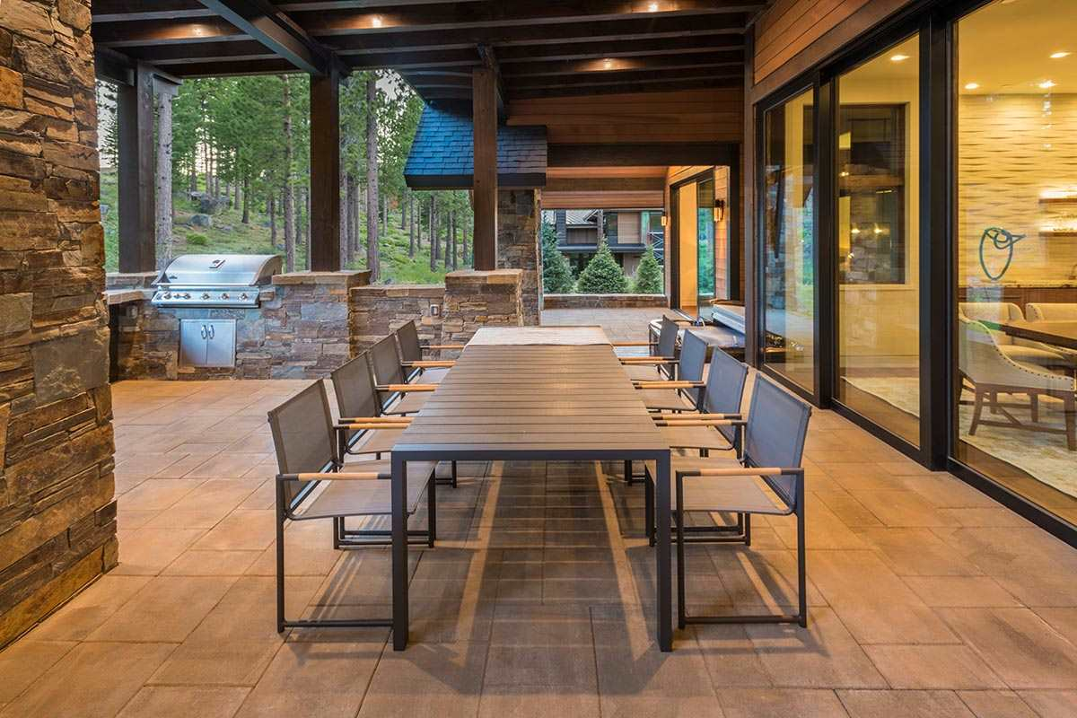 Additional photo for property listing at 9501 Wawona Court 9501 Wawona Court Truckee, California 96161 United States
