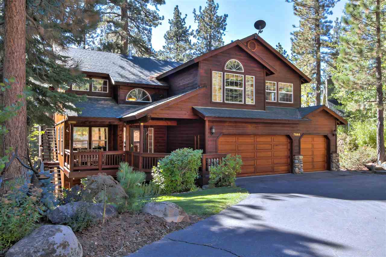 Single Family Home for Active at 7644 Pinedrop Lane 7644 Pinedrop Lane Tahoe Vista, California 96148 United States