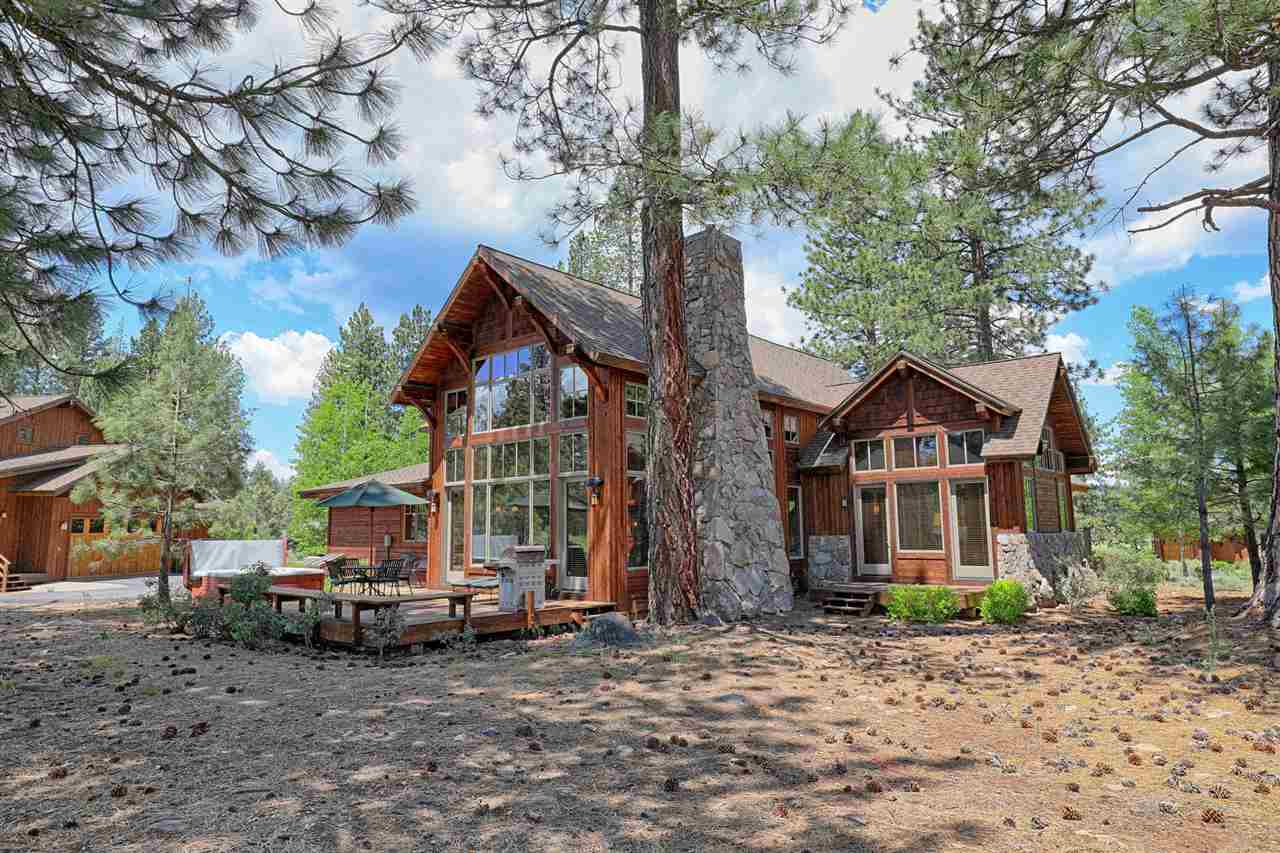 Single Family Home for Active at 12157 Lookout Loop 12157 Lookout Loop Truckee, California 96161 United States