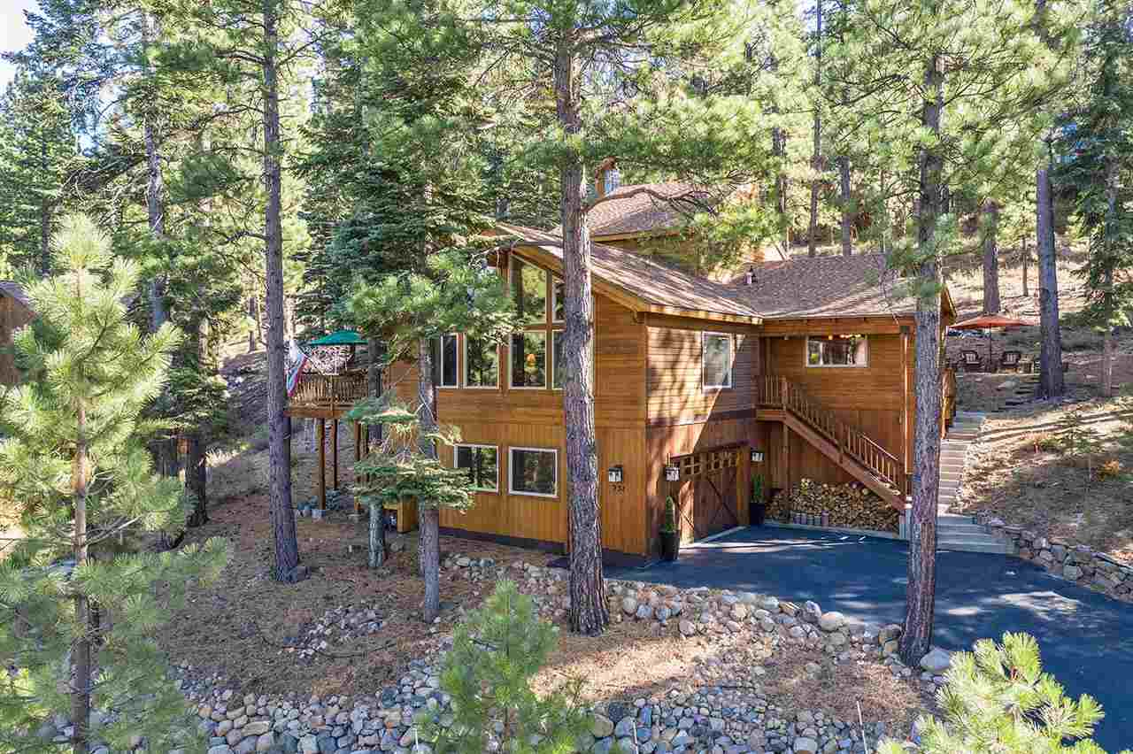 Single Family Home for Active at 237 Basque 237 Basque Truckee, California 96161 United States