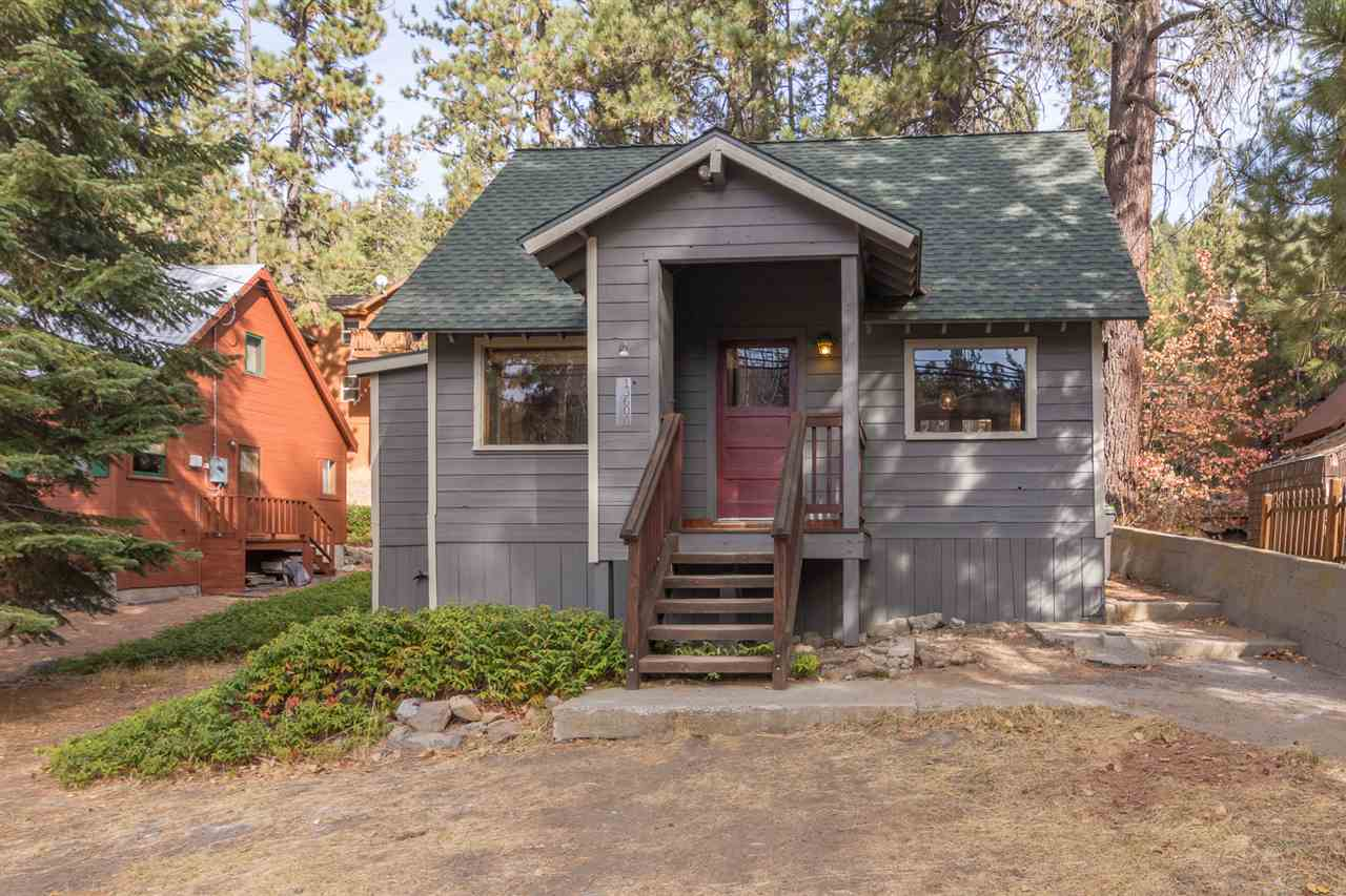 Single Family Home for Active at 13604 Moraine Road 13604 Moraine Road Truckee, California 96161 United States