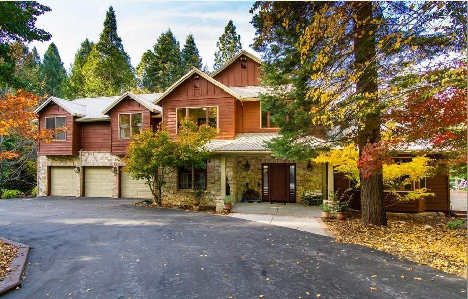 Single Family Home for Active at 10955 Murchie Mine Road 10955 Murchie Mine Road Nevada City, California 95959 United States