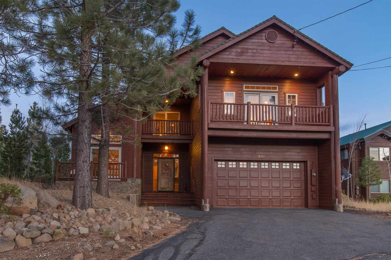 Single Family Home for Active at 12276 Stockholm Way 12276 Stockholm Way Truckee, California 96161 United States