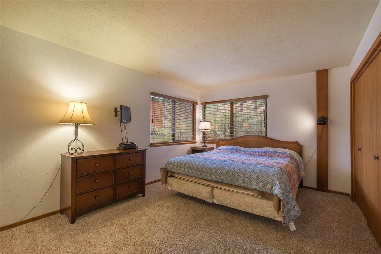 Additional photo for property listing at 175 Basque 175 Basque Truckee, California 96161 United States