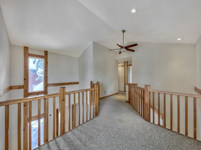 Additional photo for property listing at 12879 Northwoods Boulevard Truckee, California 96161 United States