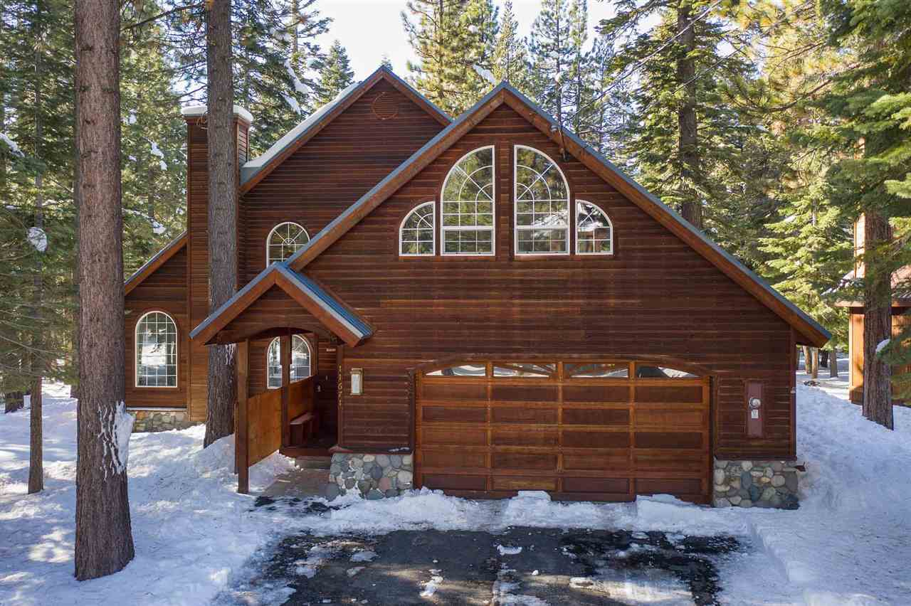Single Family Home for Active at 11671 Oslo Drive 11671 Oslo Drive Truckee, California 96161 United States