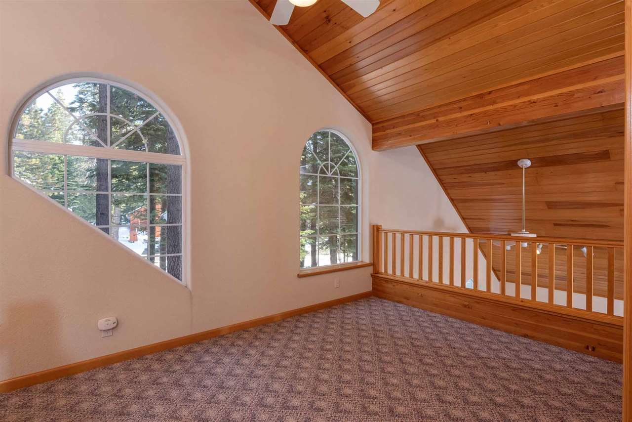 Additional photo for property listing at 11671 Oslo Drive 11671 Oslo Drive Truckee, California 96161 United States