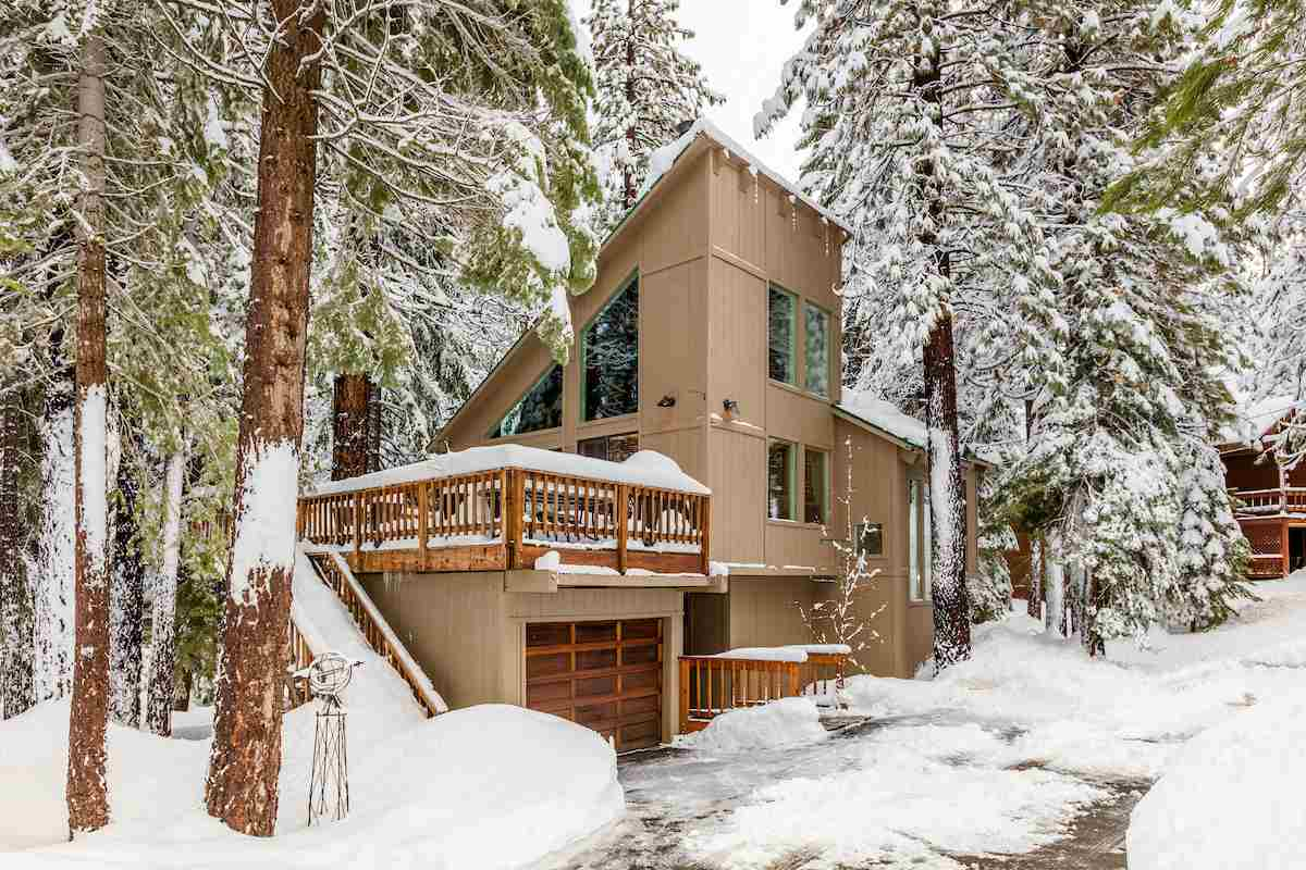 Single Family Home for Active at 12187 Schussing Way 12187 Schussing Way Truckee, California 96161 United States
