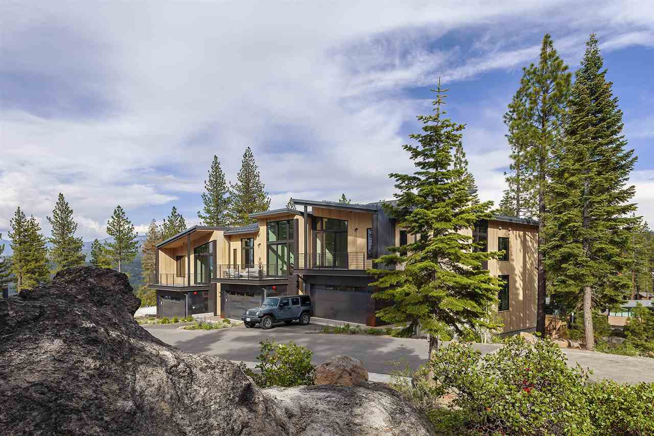 Condominium for Active at 15112 Boulder Place Truckee, California 96161 United States