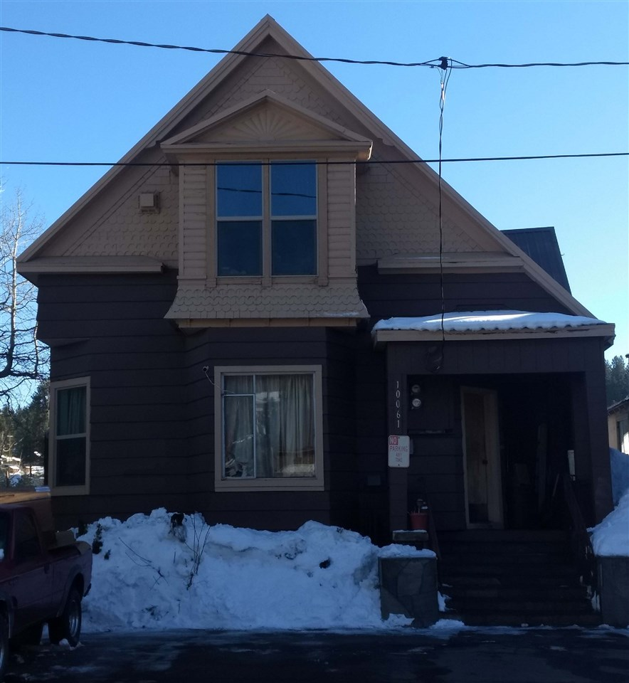 Single Family Homes for Active at 10061 Church Street Truckee, California 96161 United States