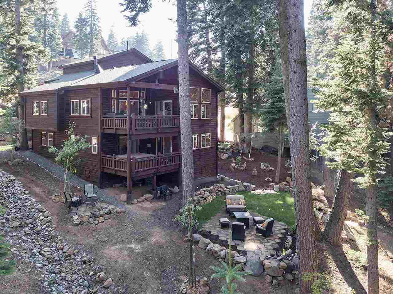 Single Family Homes for Active at 13770 Pathway Avenue Truckee, California 96161 United States